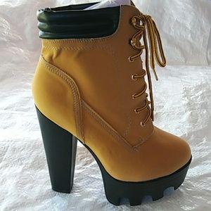 New Women's Platform High Heel Bootie